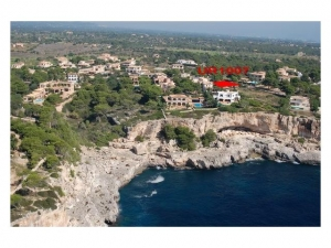 Chalet in Cala Llombards