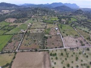 Terreno edificable en Son Servera.