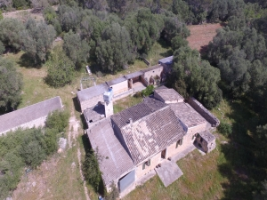 Casa antigua con más de 10 hectareas de terreno