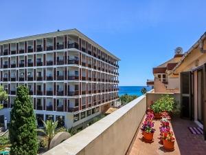 Ático con vistas al mar y amplia terraza en Cala Millor