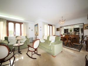 Casa en Manacor de 162 m2 con 4 dorm. 190 m2 terraza