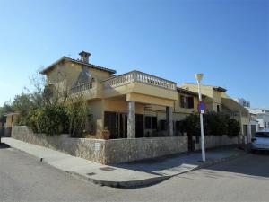 Se vende chalet  unifamiliar en Son Serra de Marina