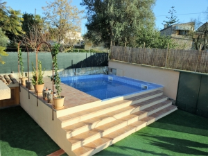 Finca con casa y piscina en muy buena zona de Manacor