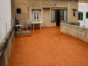 Local, Planta baja y primer piso techo libre en S'horta