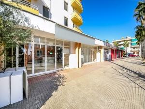 Local comercial en pleno zona comercial en Cala Millor