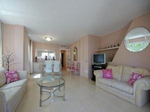 Apartamento maravilloso en Santa Ponça con terraza y jardín y al lado del mar