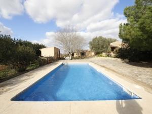 Finca con piscina en alquiler zona tranquila plena Naturaleza