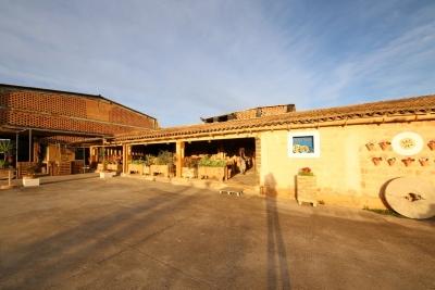 Nave de 1400m2 en Villafranca de Bonany