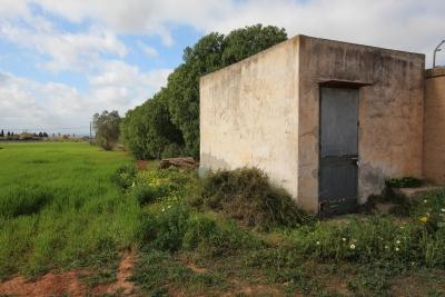 Se vende terreno con caseta en Manacor