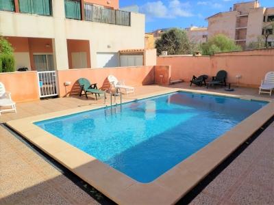 Planta Baja en Campos con piscina comunitaria