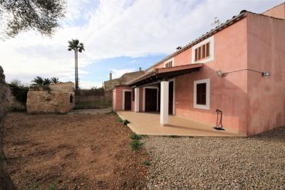 Casa con 4 dormitorios en pleno centro en Son Macià
